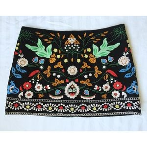 Zara Embroidered Miniskirt ~Black Multi~ Medium